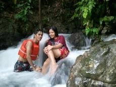 where is kawasan waterfalls